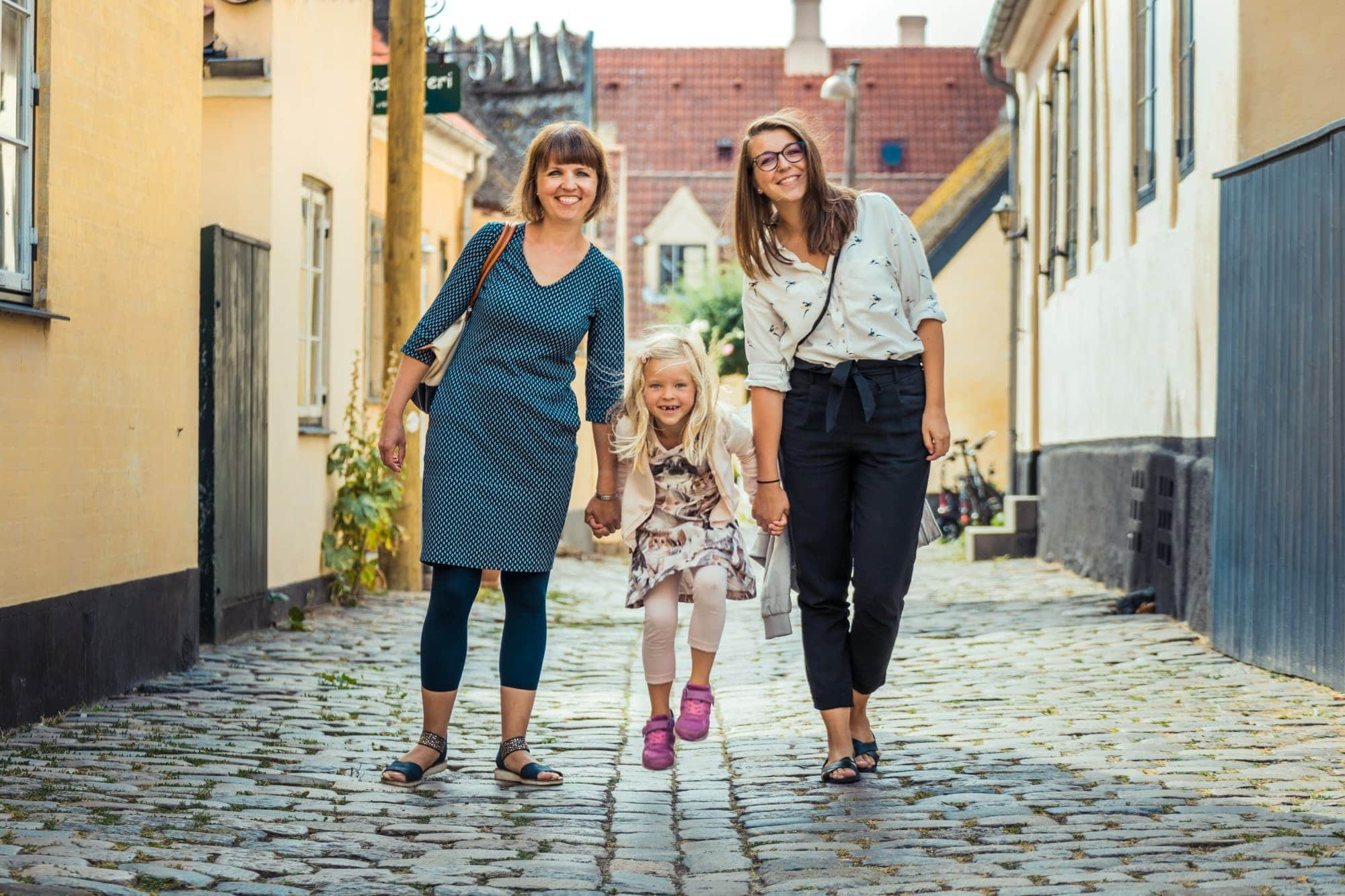 Fun family photo shoot in Dragør